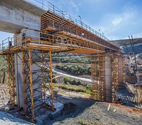 ENKOFORM HMK na construção de pontes