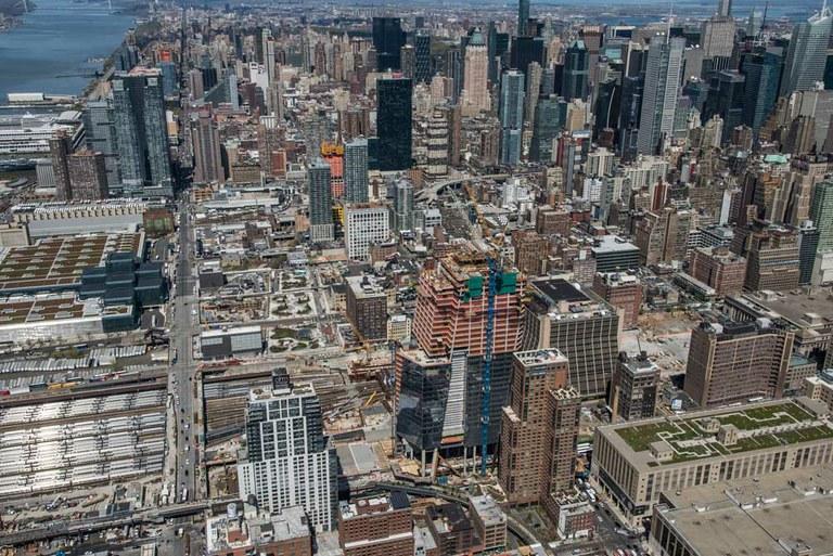 Fôrma autotrepante ATR na Hudson Yards, NY, USA