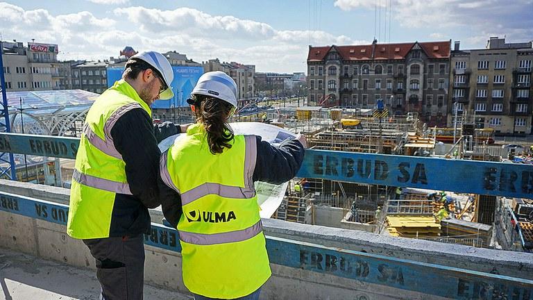 A experiência e valorização da equipe formada pela ULMA e seus clientes em primeira pessoa