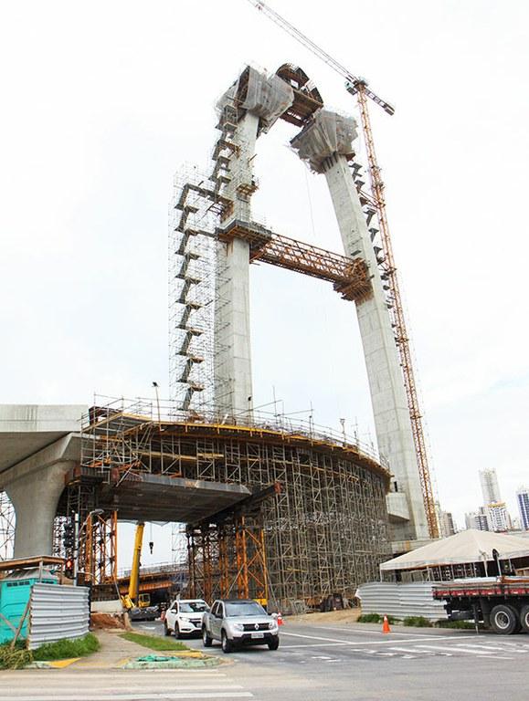 Cofragens e escoramentos inovadores na ponte estaiada do Arco da Inovação