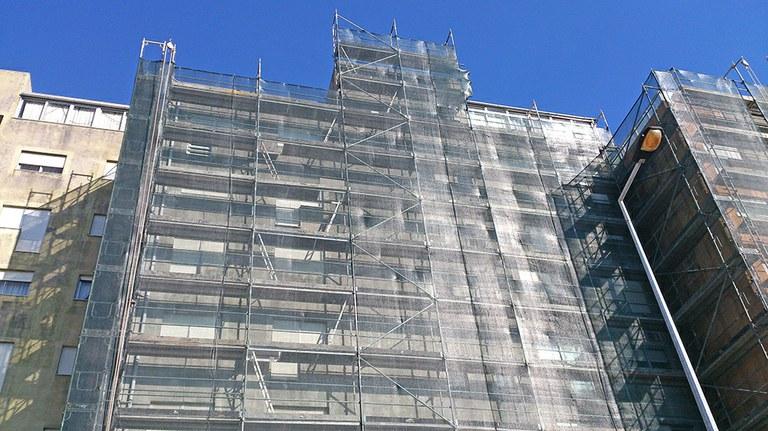 Reabilitação de fachadas – Andaime tipo BRIO e DORPA